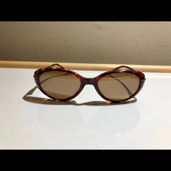 0841b5c96b Maui Jim Cabana MJ-147-10 Sunglasses Polarized. M_5a7f9ac536b9deb138c90e7a